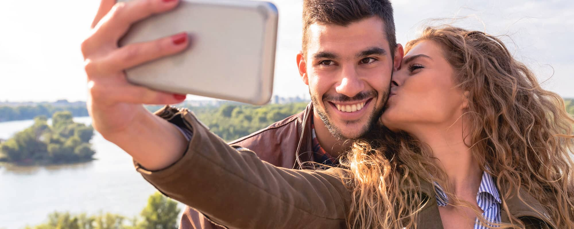 Keeping a long-distance relationship alive savvy